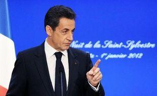 Le président de la République Nicolas Sarkozy a demandé lundi à la SNCF de venir au secours de sa filiale de ferries en liquidation SeaFrance, lui demandant de verser des indemnités exceptionnelles aux salariés, ce qui permettrait de financer leur projet de reprise.