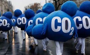 """Six pays de l'UE ont appelé vendredi les députés européens à voter mardi prochain en faveur d'une mesure destinée à relever le prix de la tonne de CO2 et sauver """"huit années de lutte contre le réchauffement du climat""""."""