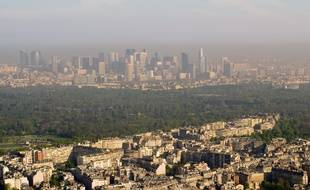 Vue aérienne du bois de Boulogne dans l'ouest parisien.