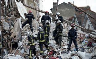 Un immeuble de quatre étages s'est effondré dimanche 31 août à Rosny-sous-Bois.