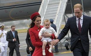Premier voyage officiel pour le prince George, arrivé à Wellington en Nouvelle-Zélande le 7 avril 2014.