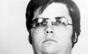 Mark David Chapman, le meurtrier de l'ancien Beatle John Lennon, s'est vu refuser une 7e demande de remise en liberté, ont annoncé jeudi les services pénitentiaires de l'Etat de New York.