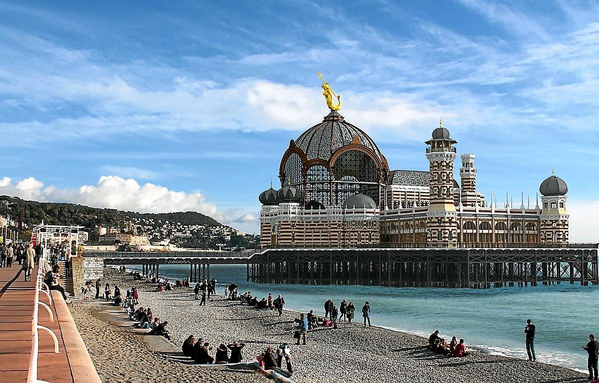 L'illustre bâtiment (version 1891) intégré dans l'environnement actuel. – Mario Basso Architecte DPLG