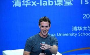 Le fondateur de Facebook Marc Zuckerberg lors d'une intervention à l'université de Tsinghua à Pékin le 22 octobre 2014