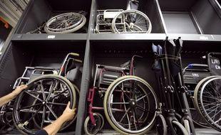 Illustration fauteuils roulants.