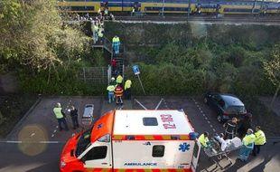 La collision entre les deux trains a eu lieu vers 18h30 samedi dans la banlieue ouest d'Amsterdam.