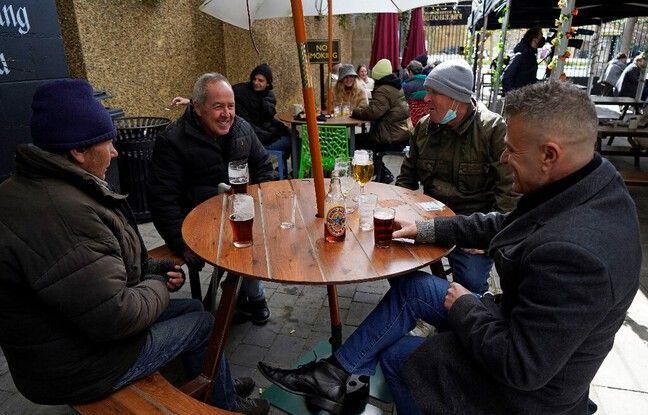 648x415 pub ouvert royaume uni lundi deja premiers clients