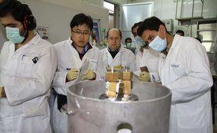 Des inspecteurs de Agence internationale de l'énergie atomique en Iran sur le site d'enrichissement de Natanz en 2014 (illustration).