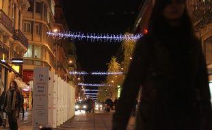 Dans les rues de Toulouse. Illustration.