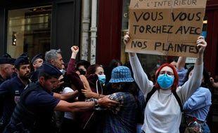 Plusieurs appels à manifester ce vendredi circulent pour protester contre la nomination de Gérald Darmanin et Eric Dupond-Moretti.