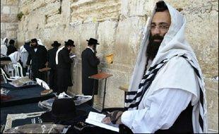 L'apathie et l'indécision dominaient dans la rue à Jérusalem mardi, jour des élections législatives en Israël, en dépit d'enjeux cruciaux pour l'avenir du pays.