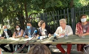 Jeanne Barseghian et Catherine Trautmann lors d'une conférence de presse le samedi 4 juillet.