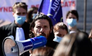 Paul Sollacaro, lors de la manifestation contre son expulsion par des policiers