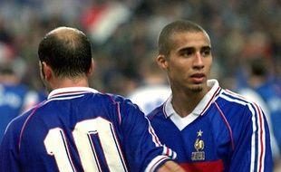 Zidane et Trezeguet lors de France-Islande en 1999.