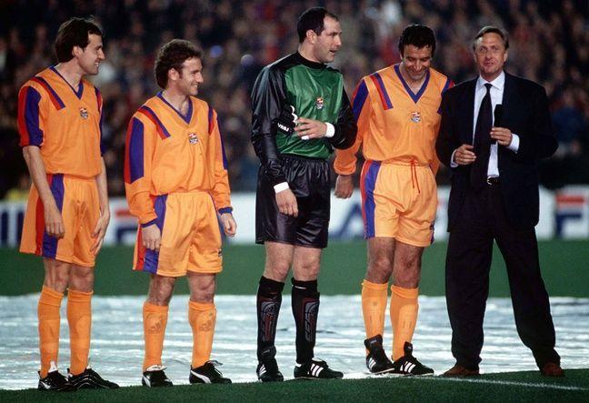 Même pour Johan Cruyff, le costume est parfois trop grand.