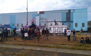 L'un des «murs de son» ce mercredi matin, sur l'île de Nantes.