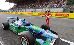 Mick Schumacher a piloté une ancienne voiture de son Michael, le 27 août 2017 à Spa Francorchamps.