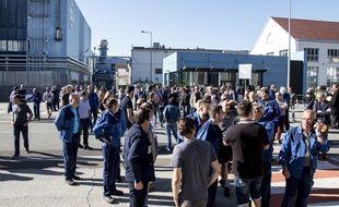 Des salariés de General Electric ont empêché, lundi 17 juin, la tenue à Belfort de la première réunion d'information sur le plan social qui doit frapper de plein fouet le site. La direction avait décidé de l'ajourner.