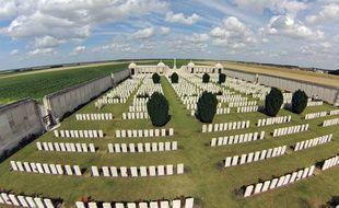 Illustration d'un cimetière militaire.