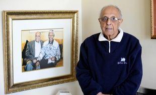 Le discret vétéran de la lutte anti-apartheid Ahmed Kathrada, compagnon de cellule de Nelson Mandela