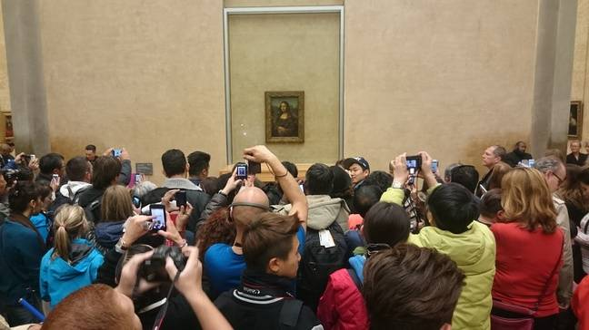 Leave Mona Lisa alone !!