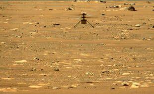 L'hélicoptère de la Nasa Ingenuity lors de son second vol sur Mars, le 22 avril 2021.