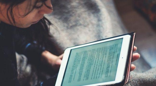 Les jeunes et la lecture: Pourquoi les livres audio et numériques gagnent des points chez les 15-25 ans