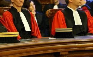 Ouverture devant les assises du Bas-Rhin du procès d'un quinquagénaire pour le meurtre de sa mère en décembre 2013.