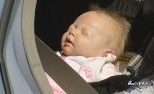 Les policiers d'Oakland pensaient sauver un bébé oublié dans une voiture, c'était en réalité une poupée.