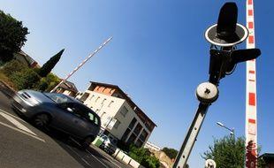 Un passage à niveau dans le quartier Saint-Cyprien, dans la région toulousaine.