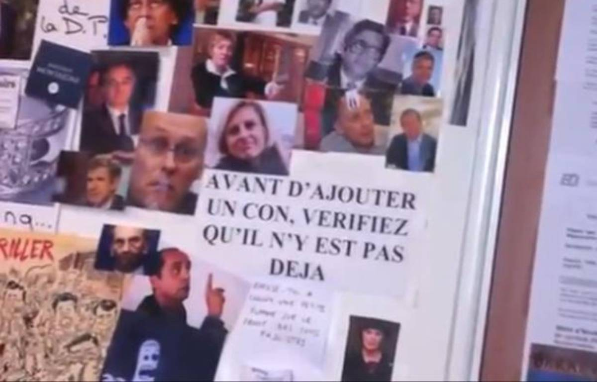 Le «mur des cons», dans un local du Syndicat de la magistrature. – Capture d'écran