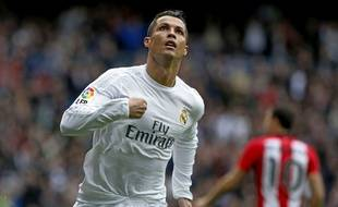 Cristiano Ronaldo fête un but lors du match entre le Real Madrid et l'Athletic Bilbao.