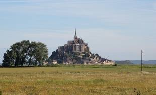 Le Mont Saint-Michel photographié depuis la Normandie.