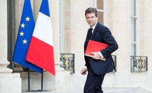 Le ministre de l'Economie et du Redressement productif Arnaud Montebourg avant la rencontre du patron de General Electric à l'Elysée le 28 avril 2014.