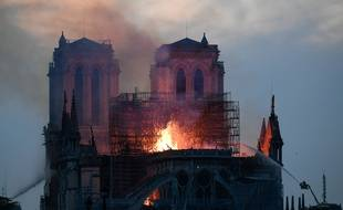 Une information judiciaire a été ouverte pour tenter de déceler les origines de l'incendie de Notre-Dame, a annoncé le parquet de Paris.