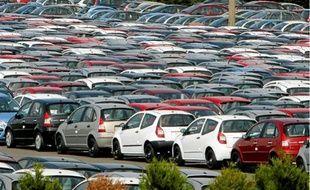 Les constructeurs français, leaders sur les petites voitures, ont été soutenus par la mesure.