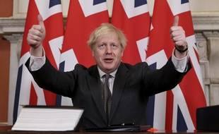 Le Premier ministre britannique Boris Johnson après avoir signé l'accord post-Brexit.