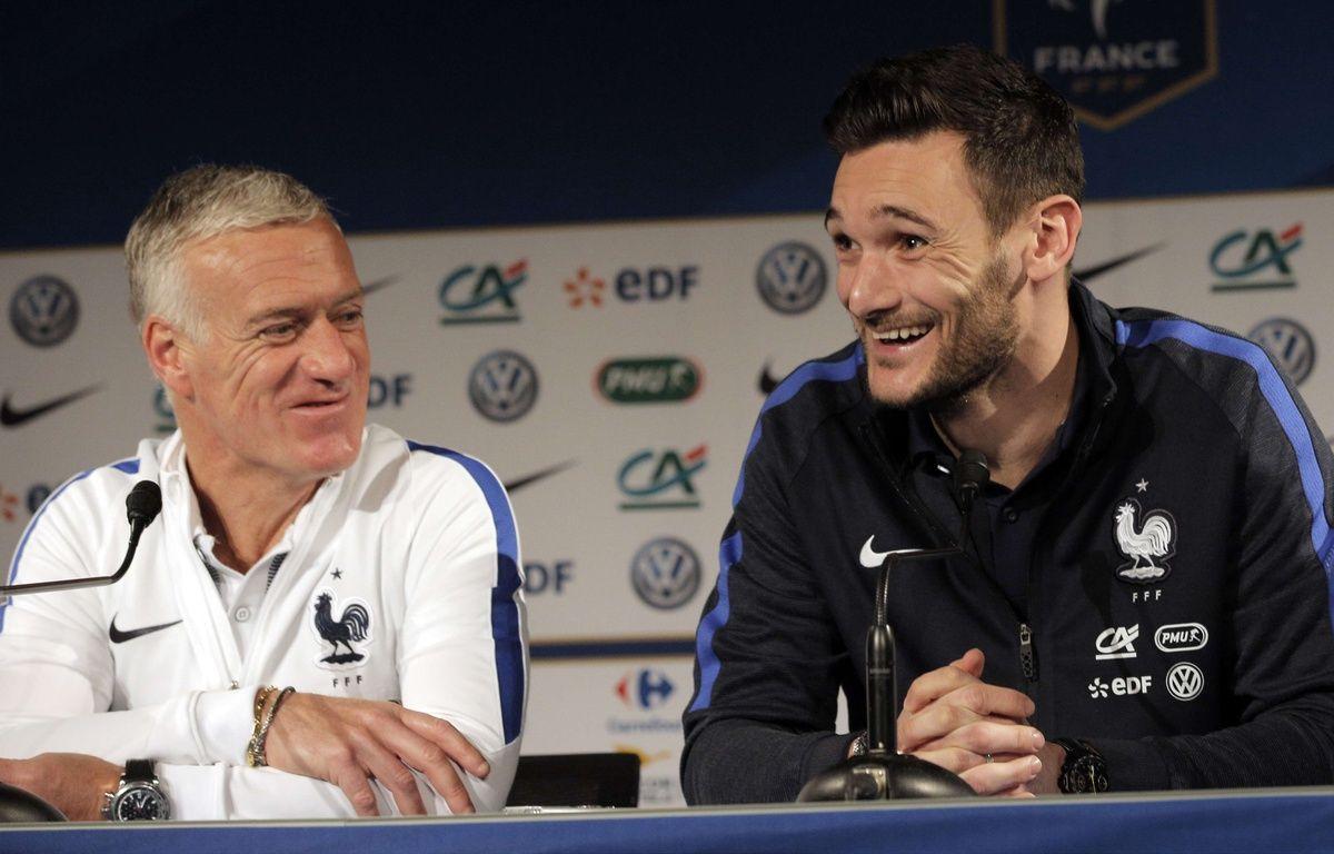 Didier Deschamps et Hugo Lloris en conférence de presse avant France-Russie, le 28 mars 2016 au Stade de France.  – Christophe Ena/AP/SIPA
