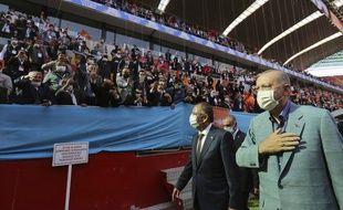 Erdogan valide et signe ses propos contre Emmanuel Macron