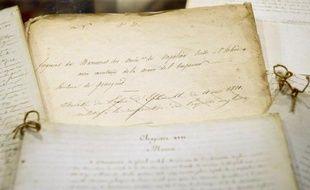 Une copie d'une partie majeure du testament de Napoléon réalisée en avril 1821 à la demande l'ex-Empereur en exil, qui craignait que les Anglais ne fassent disparaître l'original, sera mise en vente en novembre à Paris.