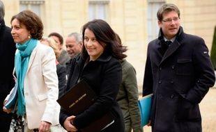 L'encadrement des loyers prévu par la loi sur le logement de Cécile Duflot ambitionne d'enrayer la flambée des prix locatifs dans les zones tendues, mais ce dispositif comporte encore bien des inconnues alors même qu'il est en discussion au Parlement.