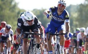 Germany's Marcel Kittel, right, reacts as he crosses  the finish line with Britain's Mark Cavendish during the fourteenth stage of the Tour de France cycling race over 208.5 kilometers (129.2 miles) with start in Montelimar and finish in Villars-les-Dombes, France, Saturday, July 16, 2016.  (AP Photo/Peter Dejong)/ENA127/903461247547/1607161819