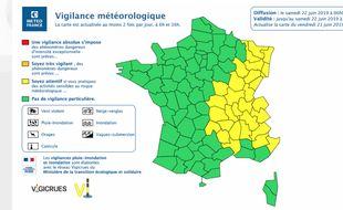 Les départements de la région Auvergne-Rhône-Alpes restent en vigilance jaune en raison d'orages persistants notamment sur la Loire, le Rhône, l'Ain et les Alpes.