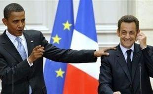 Après Paris, le candidat démocrate à la Maison Blanche Barack Obama est arrivé vendredi soir à Londres, dernière étape d'une tournée visant à conforter sa stature internationale et qui l'a conduit au Moyen-Orient et en Europe.
