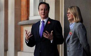 """Le Royaume-Uni a annoncé vendredi la suppression en 2015 de son aide au développement à l'Inde, en raison notamment de la """"croissance rapide"""" de l'ancienne colonie britannique."""