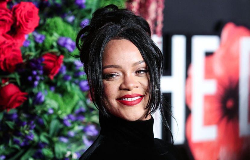 VIDEO. Rihanna cherche l'équilibre… Justin Bieber a trouvé un nouveau jeu de mots…