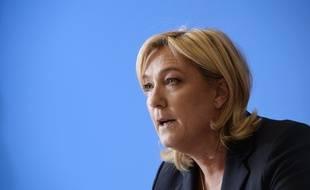 Marine Le Pen au siège du FN, à Nanterre, le 6/02/15.