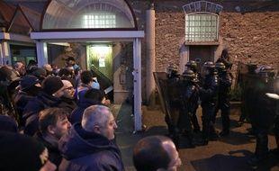 Devant la prison de Fresnes le 24 janvier 2018.