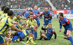 Les joueurs du FCG sont restés impuissants face aux Clermontois.