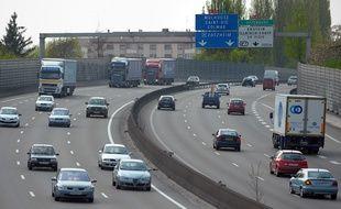 L'autoroute est limitée à 70 km/h en raison du pic de pollution aux particules persistant.